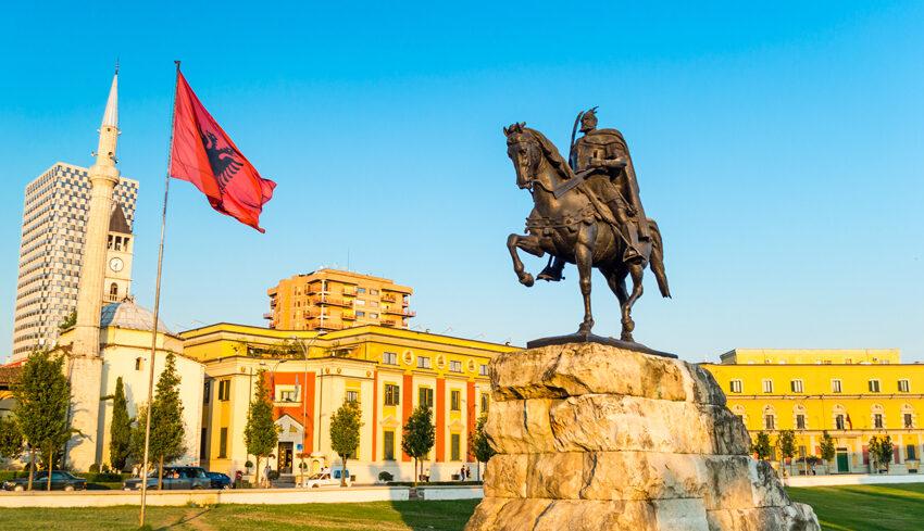 """""""Κλείδωσε"""" η στρατιωτική συμφωνία Αλβανίας-Τουρκίας"""