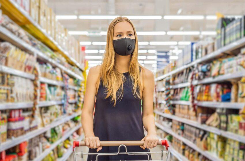 Υποχρεωτική από το Σάββατο (18/7) η χρήση μάσκας στα σούπερ μάρκετ για εργαζομένους και καταναλωτές