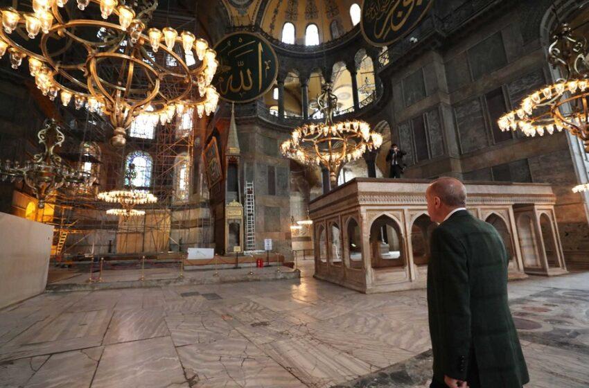 Εικόνες ανησυχίας από την Αγιά Σοφιά – Προχειρότητα και βιασύνη στις εργασίες μετατροπής σε τέμενος (vid)