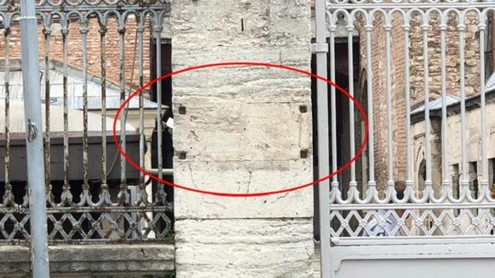 """Ακάθεκτοι οι Τούρκοι με την Αγία Σοφία: Ξήλωσαν την πινακίδα του """"μουσείου"""""""