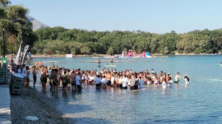 Απίστευτες εικόνες συνωστισμού σε beach party στην Κέρκυρα