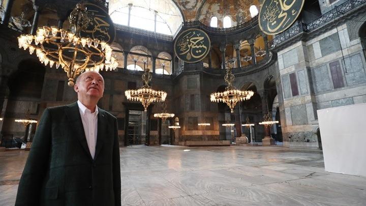 Der Spiegel: Εκνευριστική η παράσταση του Ερντογάν
