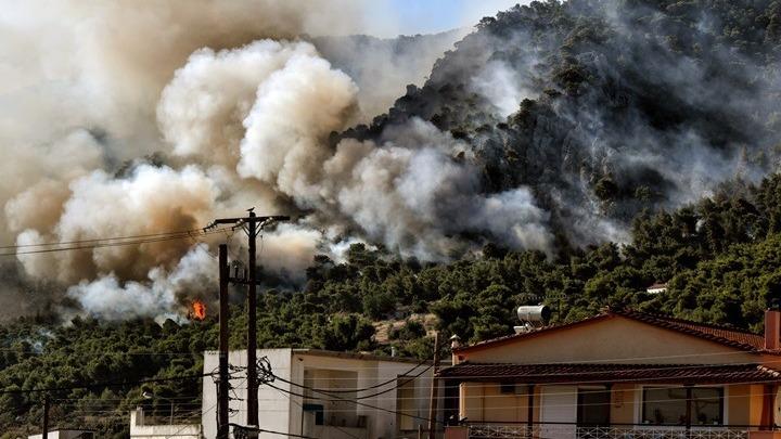 Εξήντα μία δασικές πυρκαγιές εκδηλώθηκαν το τελευταίο 24ωρο σε όλη την Ελλάδα