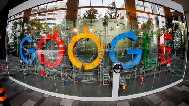 Τηλεργασία μέχρι Ιούλιο του 2021 στη Google