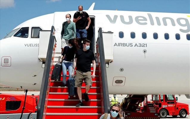 Σκωτία: Όλοι οι ταξιδιώτες στο Ηνωμένο Βασίλειο από την Ισπανία θα μπαίνουν σε καραντίνα