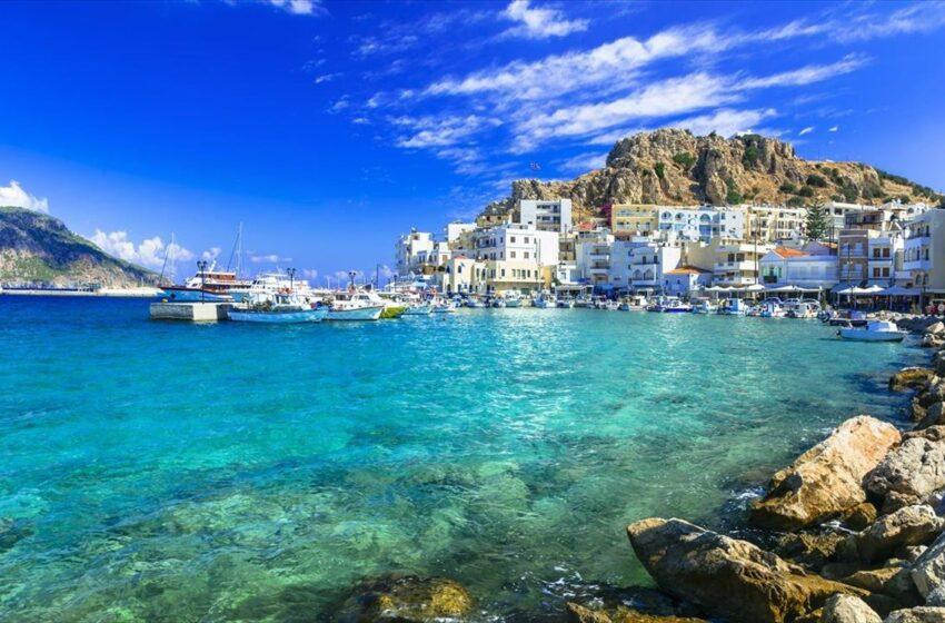 Συναγερμός στην Κάρπαθο για κρούσμα κοροναϊού – Θετικός ελληνοαμερικανός (vid)