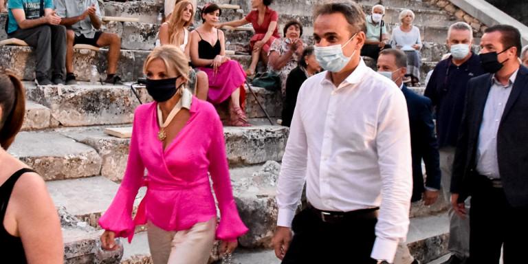 ΣΥΡΙΖΑ: Πήγε με στρατιωτικό ελικόπτερο ο κ. Μητσοτάκης σε Πάρο και Επίδαυρο;