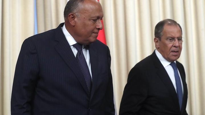 Λαβρόφ και Σούκρι υπέρ της ειρηνικής διευθέτησης στη Λιβύη