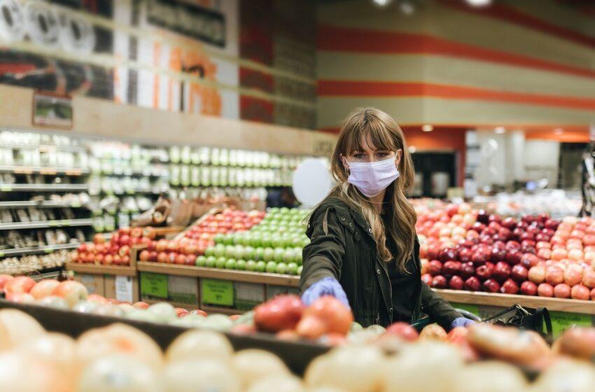 """Κοροναϊός: """"Δεν έχουμε εκθετική αύξηση κρουσμάτων"""" – Μάσκα και πρόστιμα"""
