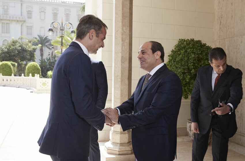 Τηλεφωνική επικοινωνία Μητσοτάκη με αλ Σίσι – Τι συζήτησαν για Λιβύη και αν. Μεσόγειο