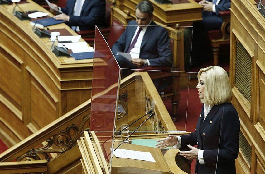 """""""Καρφί"""" Μητσοτάκη στη Γεννηματά: Μην ξεχνάτε ότι ήσασταν υπουργός στην κυβέρνηση Σαμαρά (vid)"""