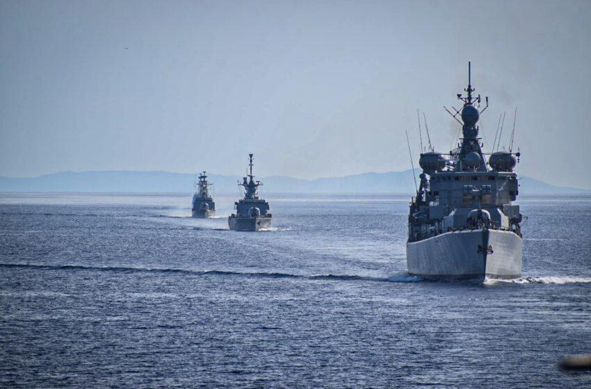 Συναγερμός σε Λιμενικό και Πολεμικό Ναυτικό: Τουρκικά αλιευτικά κατευθύνονται προς το Λιβυκό πέλαγος (vid)