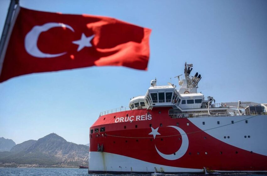 Oruc Reis ΤΩΡΑ: Δείτε πού βρίσκεται το ερευνητικό – Σε επιφυλακή το πολεμικό ναυτικό