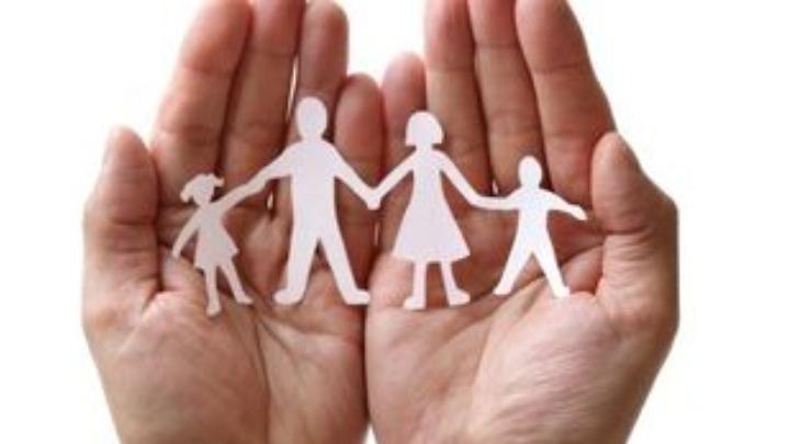 Eurostat: Εκτός γάμου το 42% των παιδιών που γεννήθηκαν στην ΕΕ – Το 11,1% στην Ελλάδα