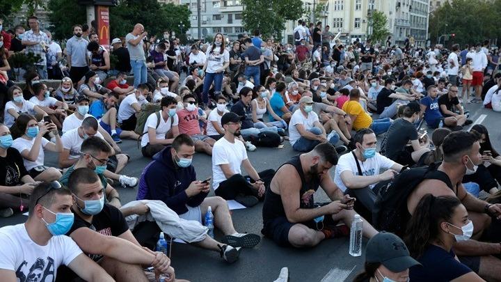 Δραματική η κατάσταση στη Σερβία – Σε ένα 24ωρο, 18 νεκροί και 382 νέα κρούσματα