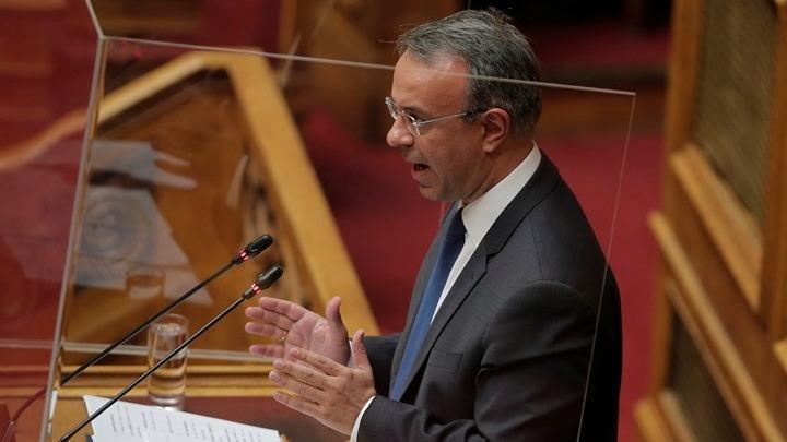 Αντιπαράθεση Σταϊκούρα και ΚΙΝΑΛ για τα μέτρα στήριξης της κυβέρνησης για τον κοροναϊό