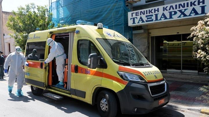 """Ποινική δίωξη για κακουργηματική παραβίαση των μέτρων για τον κοροναϊό στην κλινική """"Ταξιάρχαι"""""""