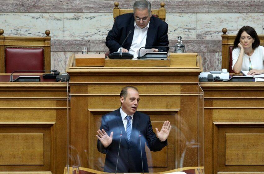 Νέα χυδαιότητα για Αντετοκούνμπο – Βελόπουλος: Είπαμε, Ελληνας γεννιέσαι, δεν γίνεσαι…