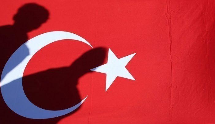 Η Άγκυρα ζητά (ξανά) από την Αθήνα την έκδοση των 8 Τούρκων αξιωματικών