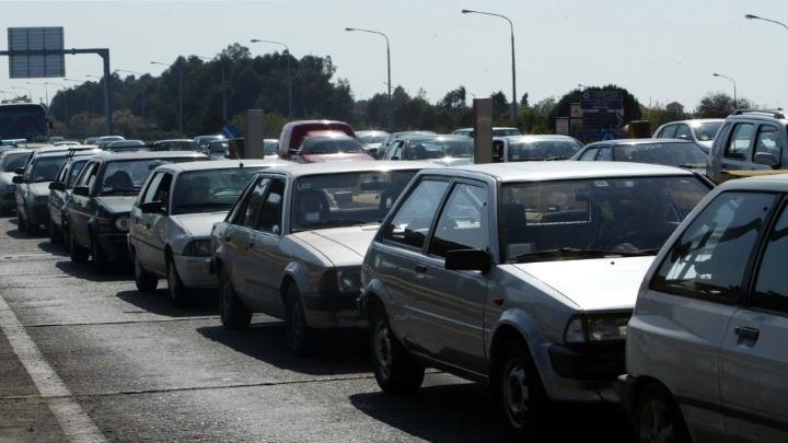 Αυξημένη κίνηση και χαμηλές ταχύτητες στο δρόμο προς Χαλκιδική
