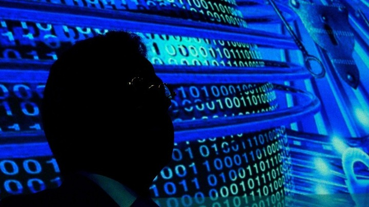 """Παγκόσμιος """"ηλεκτρονικός σεισμός"""" – Ξεσκέπασαν δίκτυο κρυφής επικοινωνίας του διεθνούς εγκλήματος"""