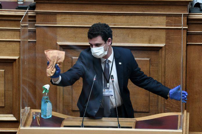 Πολιτική σύγκρουση για την πανδημία: Ευθύνες σε Μητσοτάκη από ΣΥΡΙΖΑ-ΚΙΝ.ΑΛ