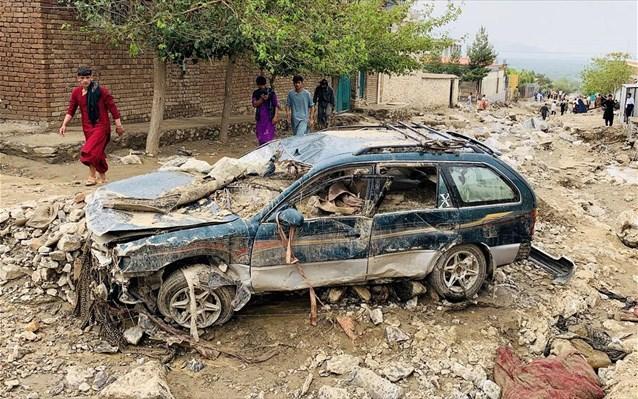 Περίπου 160 νεκροί από τις ξαφνικές πλημμύρες στο βόρειο Αφγανιστάν