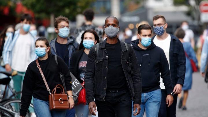 Ρεκόρ νέων κρουσμάτων στη Γαλλία παρά τα ενισχυμένα μέτρα