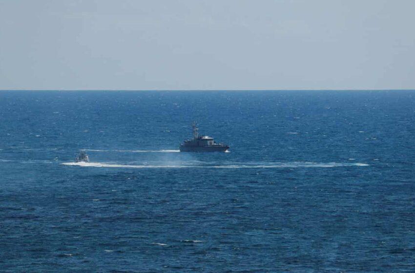 Ιταλία: Τουλάχιστον 3 μετανάστες νεκροί από φωτιά στη βάρκα που τους μετέφερε