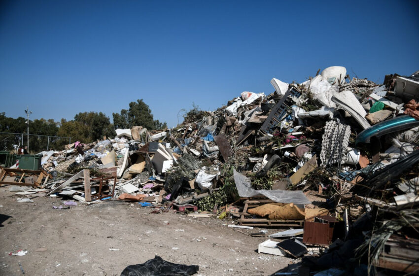 Κλείνουν 14 χωματερές στα δωδεκάνησα μέχρι το 2022