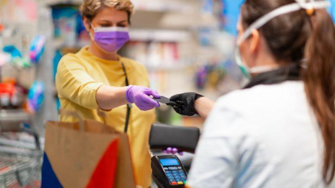 Επιτήδειοι και ανεύθυνοι: Ζητούν βεβαιώσεις από γιατρούς για να μην φορούν μάσκα- Καταγγελία του Ιατρικού Συλλόγου Πατρών