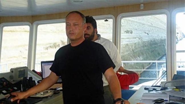 Γρηγόρης Καρνέσης: Ο ηρωικός καπετάνιος του φέρυ που έσωσε το κοριτσάκι στο Αντίρριο