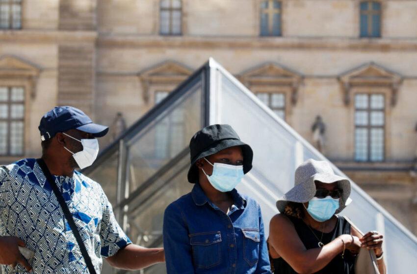 """Κοροναϊός: """"Κόκκινος"""" συναγερμός στο Παρίσι"""