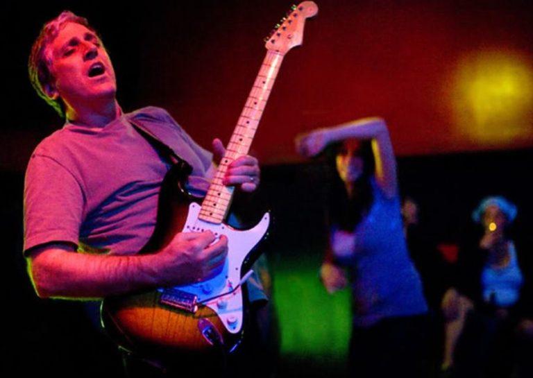 Έφυγε ο πρώην κιθαρίστας των Red Hot Chili Peppers, Jack Sherman