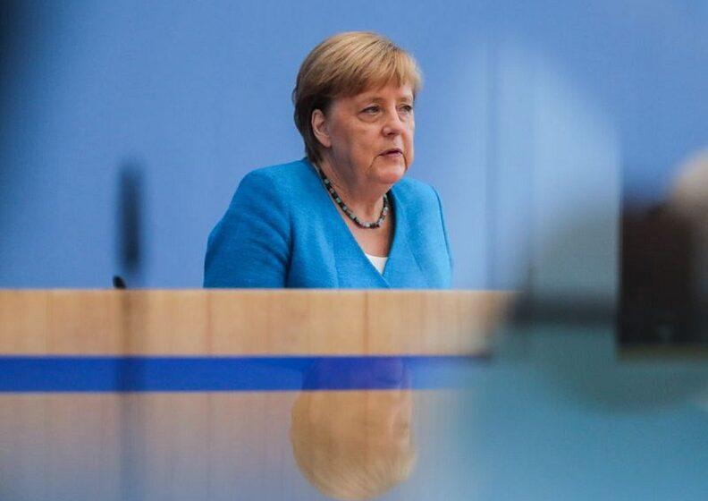 Μέρκελ: Οι διαφορές για τον διαχωρισμό των οικονομικών ζωνών μπορούν να αντιμετωπιστούν μόνο μαζί