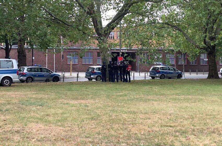 Συναγερμός στο Βερολίνο: Ταμπουρωμένοι μαθητές σε σχολείο – Μεγάλη αστυνομική επιχείρηση
