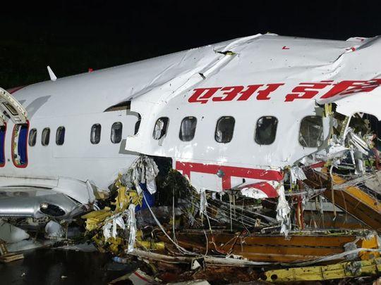 Ινδία: Ανακτήθηκαν τα δύο «μαύρα κουτιά» του αεροσκάφους της Air India Express