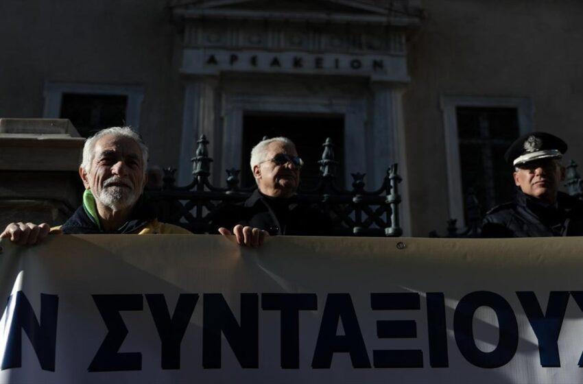 """Αποκάλυψη libre: Η κυβέρνηση στη δίκη για τα αναδρομικά συζητούσε και για επικουρικές – Έγγραφα """"φωτιά"""""""
