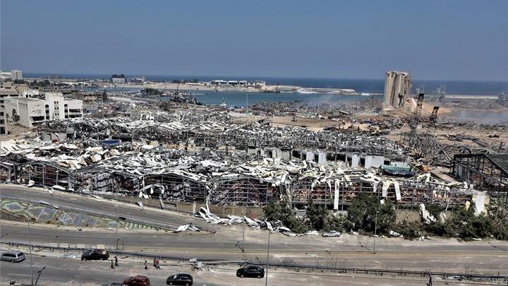Τη διεξαγωγή διεθνούς έρευνας για τις εκρήξεις στη Βηρυτό ζητά ο Μακρόν