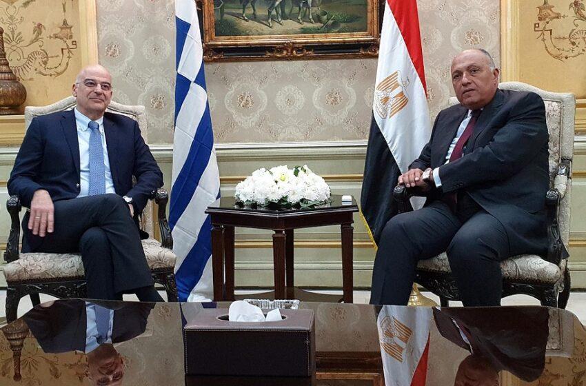 Στην Αίγυπτο αιφνιδιαστικά ο Νίκος Δένδιας  – Για υπογραφή συμφωνίας κάνουν λόγο αιγυπτιακά ΜΜΕ