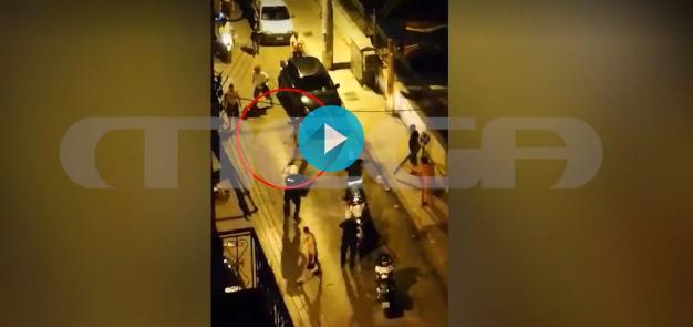 Βίντεο ντοκουμέντο από την επίθεση με τσεκούρι στην Καλλιθέα (vid)