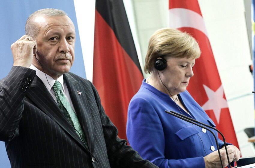 """Τουρκικά ΜΜΕ: """"Εντός εβδομάδος"""" (…) η επικοινωνία Μέρκελ με Ερντογάν"""
