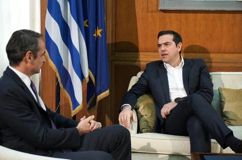 """""""Πρέσινγκ"""" για Συμβούλιο αρχηγών… σε κενό στρατηγικής – Τα τρία αιτήματα Τσίπρα στον Μητσοτάκη"""