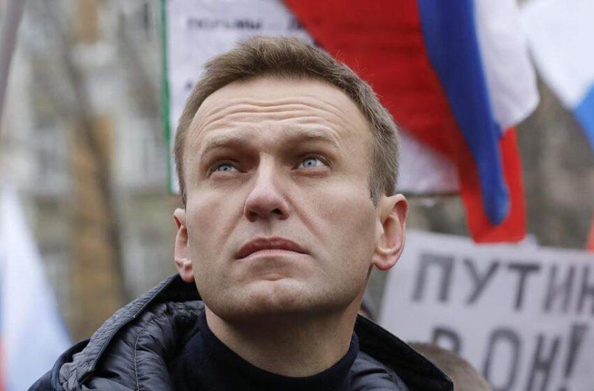 """""""Μεταβολική νόσος"""" είναι η διάγνωση του νοσοκομείου για τον επικριτή του Κρεμλίνου Ναβάλνι"""