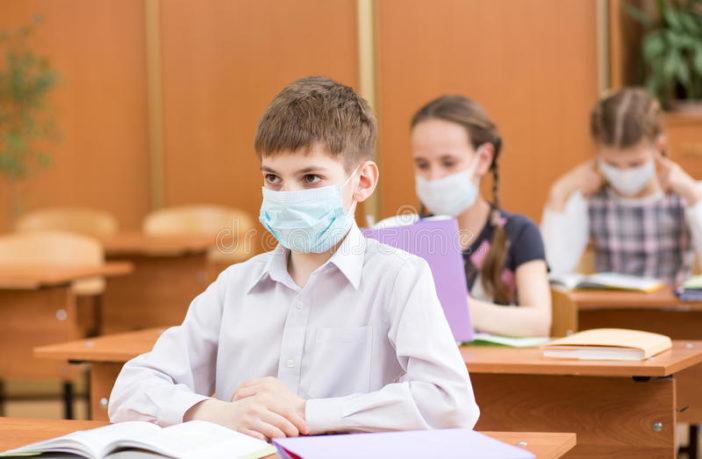 Θεοδωρικάκος: Θα καλυφθεί το κόστος για μάσκες σε εκπαιδευτικούς και μαθητές