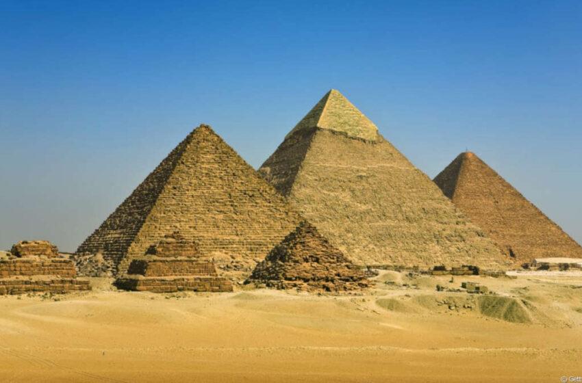 Ο Μάσκ προκαλεί την Αίγυπτο: Οι εξωγήινοι έχτισαν τις πυραμίδες – Σάλος στα social
