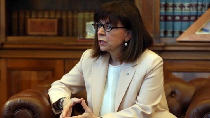Συνάντηση Σακελλαροπούλου με Τσιόδρα: Πιστή εφαρμογή των μέτρων – Κρίσιμες οι προσεχείς εβδομάδες