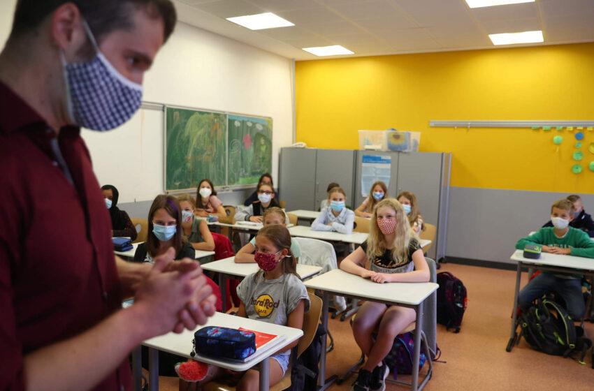 Πρύτανης ΕΚΠΑ: Αμφίβολο ότι μπορούν τα σχολεία να λειτουργήσουν στις 7 Σεπτεμβρίου με ασφάλεια