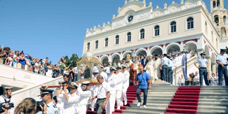 Εορτασμός της Παναγίας: Χωρίς λιτανείες και περιφορές