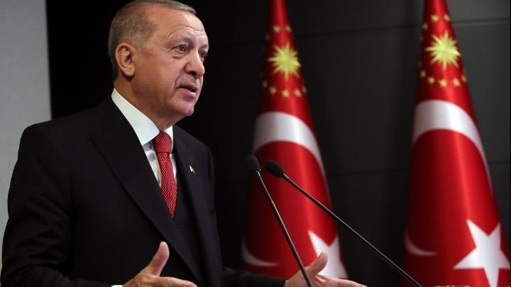 Ερντογάν κατά Μακρόν: Έχει αποικιοκρατικές βλέψεις